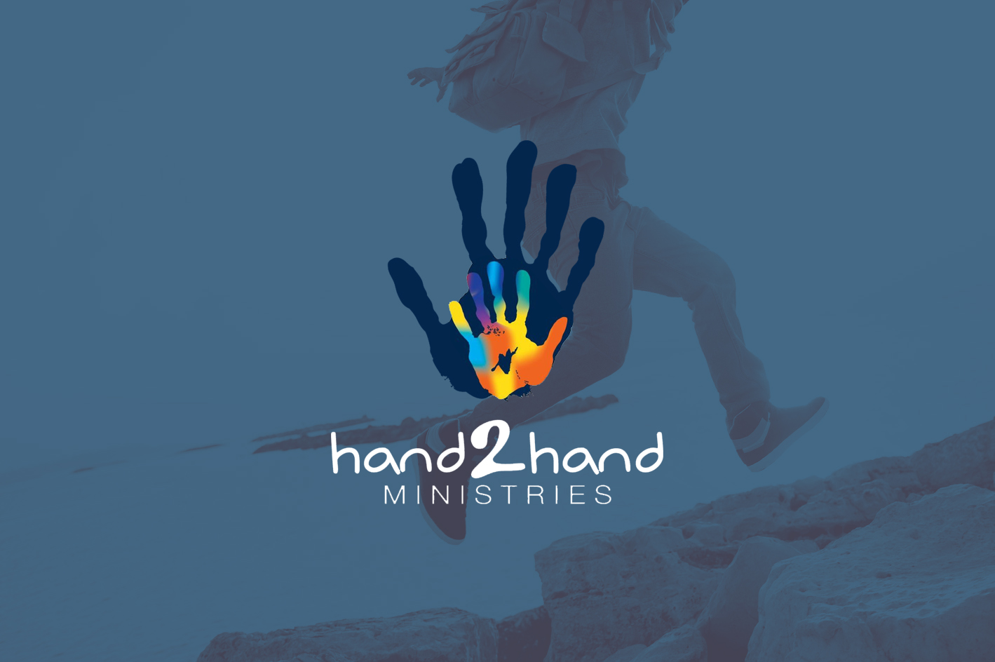01Serve_Local_Banner_Hand2Hand